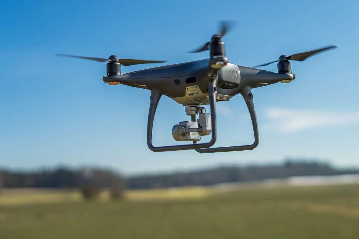 DRONY i MBOTY w IV LO