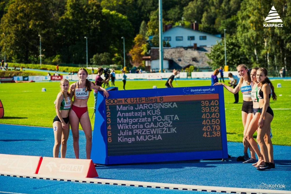 Wiktoria Gajosz wsród najlepszych biegaczek w Polsce